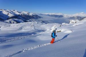 offpiste skiing camp meribel
