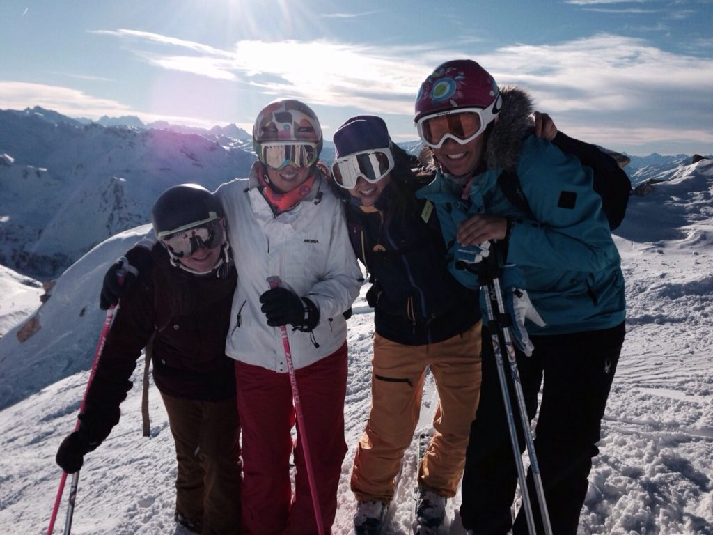 meribel ski school, group lessons meribel, small groups, ski school, fun